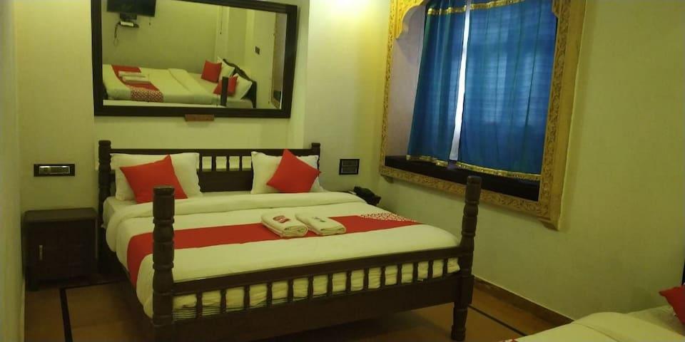 Tofu Hotel and safari Best Location in Jaisalmer.