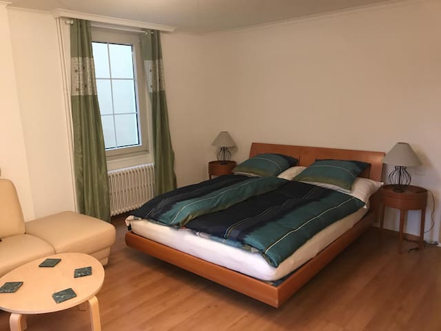 Montreux / Veytaux :1 room holiday flat