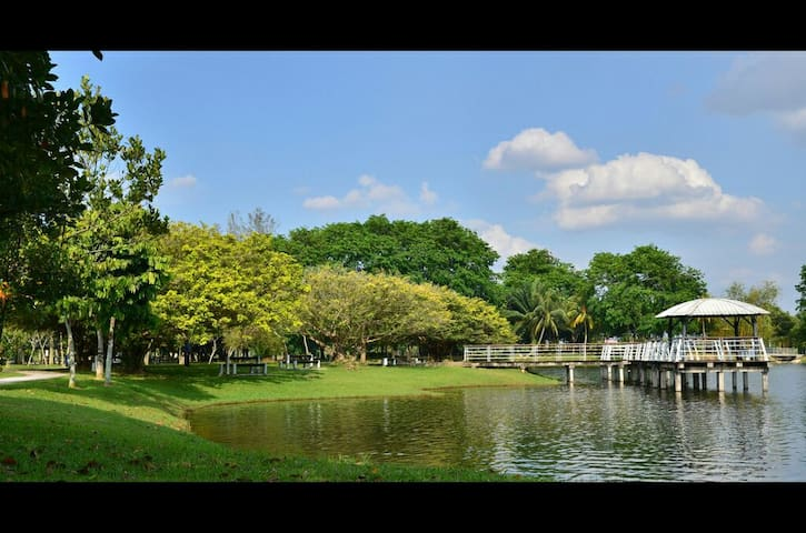Nearby: Cyberjaya Lake Garden (pic from Google Image)