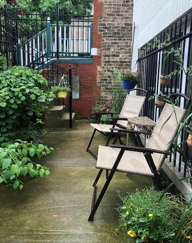 Unique 1BR/1BATH Artist's Studio in Bucktown