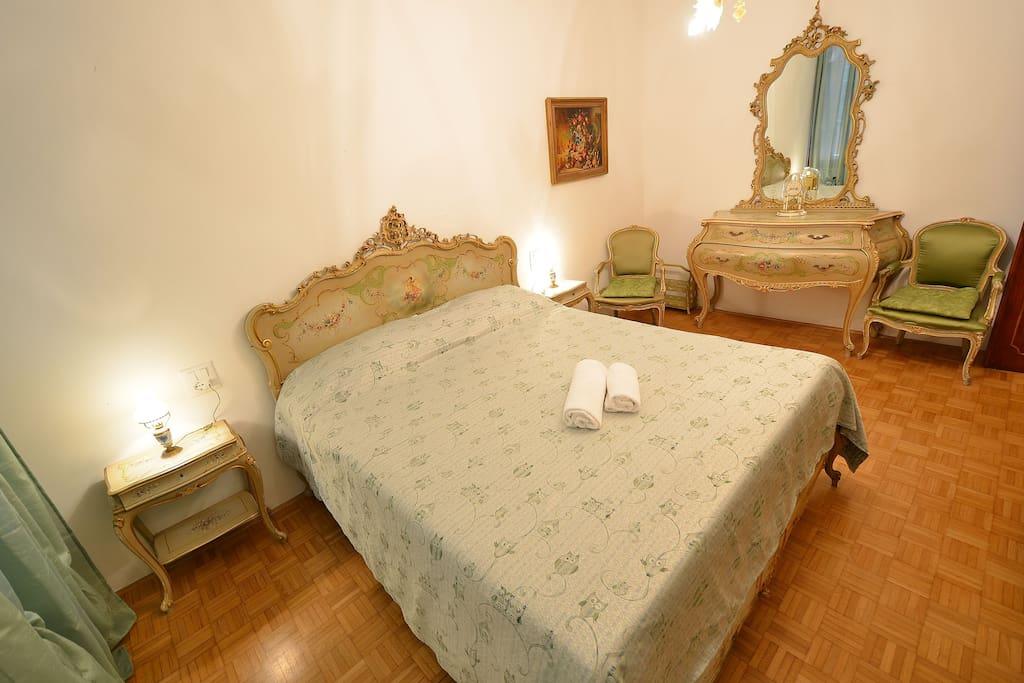 stylish double bedroom #2