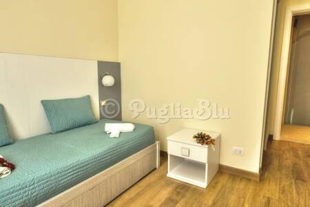 Travel Puglia - Mola di Bari - Bed & Breakfast