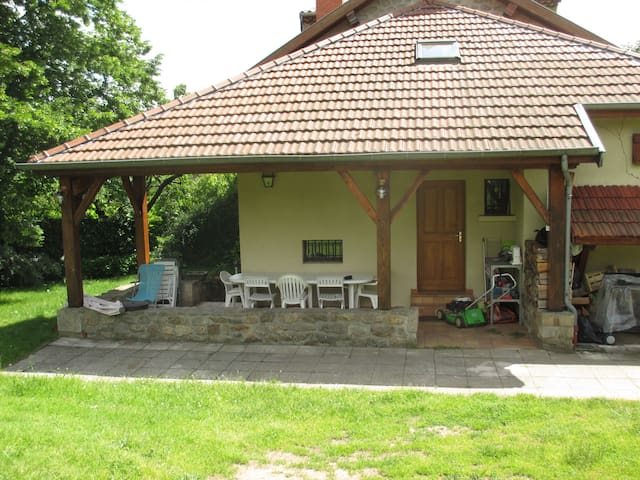 Maison de campagne au pied du Pilat - Saint-Julien-Molin-Molette - House