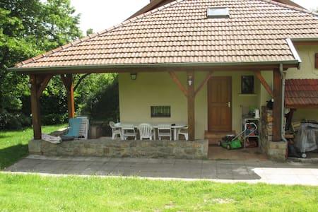 Maison de campagne au pied du Pilat - Saint-Julien-Molin-Molette