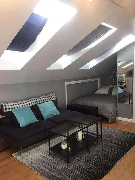 Lots of natural light from 3 skylights