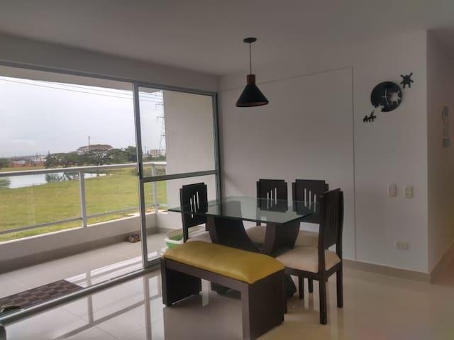 Alquilo apartamento 120 m2 en Alfaguara