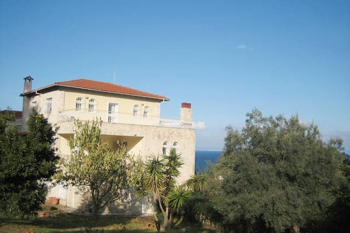 Halkidiki 2-bedroom Appartment  Garden View - Kriopigi - Appartement