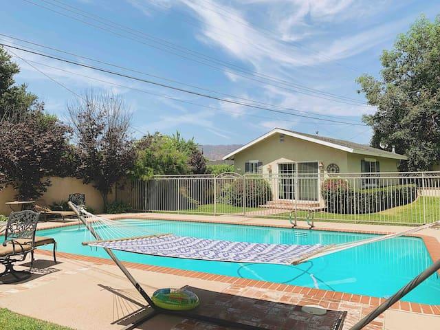 Pool House Bungalow Retreat