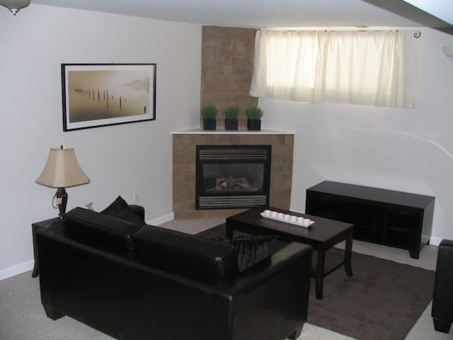1 bed suite in Heritage Home (incl parking).