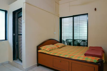 Private AC ROOM for two - Nandgaon