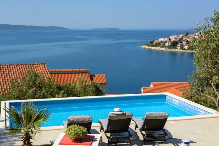 Villa Aurora apt.1 - Okrug Gornji - Flat
