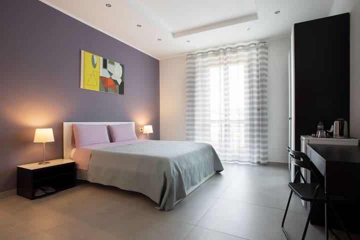 Stanza pulita sanificata, bagno e ingresso privati