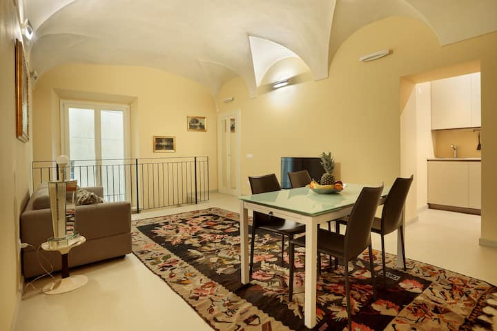 CHARMING APARTMENT IN PARMA/ TEATRO REGIO / WIFI