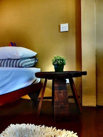 Baan Rare Guesthouse - Udon Thani, Thailand - Bed & Breakfast