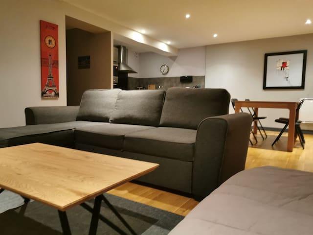Appartement 2 chambres 8 couchages bien situé