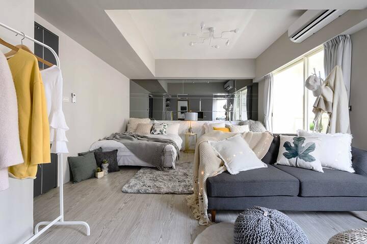 Stay&Gold-Room: A/MRT Zhongshan/Toilet/2 Beds/4pax
