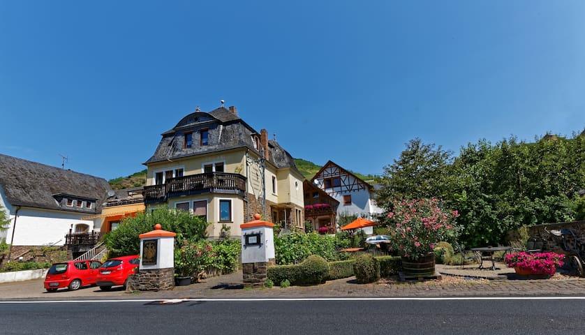 """Haus Osterlämmchen Wohnung """"Calmont"""" - Ediger-Eller - Wohnung"""