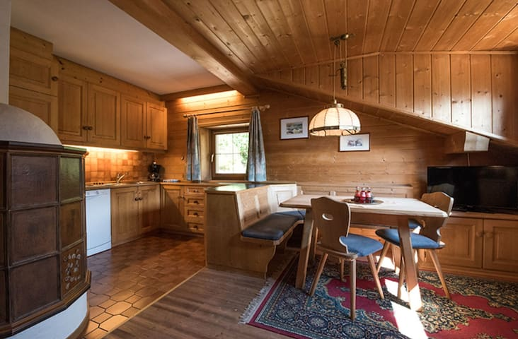 Holiday Apartment with Wi-Fi near Various Ski Resorts; Parking Spaces are Available on Site.