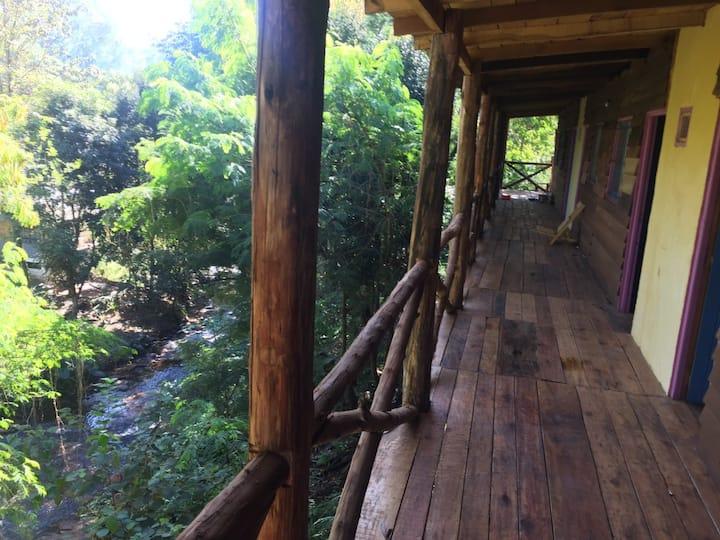 Rustic Inn Calicheguazú. Paradise in Iguazú.