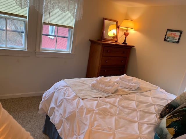 Bedroom 2 Dresser