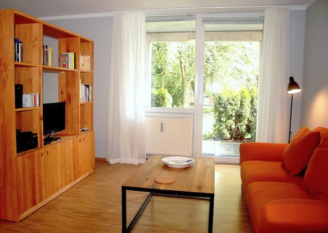 Ruhige Wohnung mit gut ausgestatteter Küche