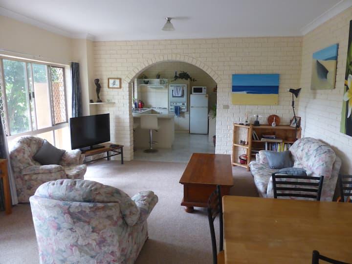 Currumbin / Elanora spacious retreat Gold Coast. 3