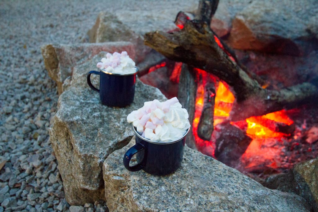 Fisher's Hut - hot chocolate by the fire