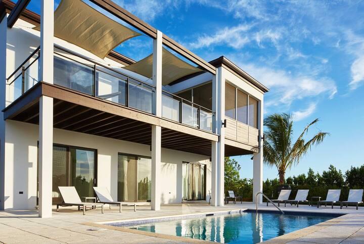 Windchaser Luxury 2 BR Villa – BMV