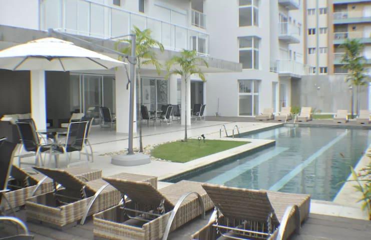 Apartamento amplo e agradável em Ubatuba - Ubatuba - Apartment
