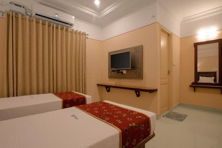 Deluxe Double Room in Nagercoil Tamil Nadu