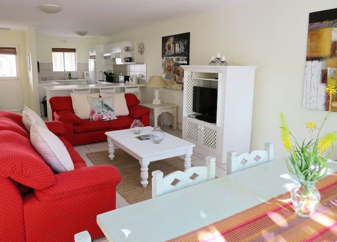 2 Greenpoint Mews - Plettenberg Bay - Appartement