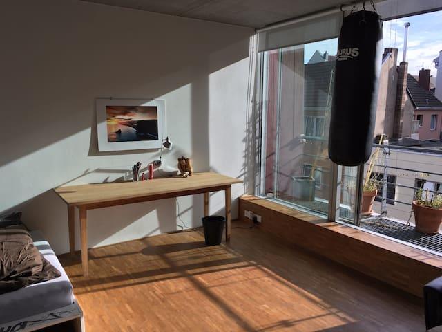 Studiowohnung in Nippes - Kolonia - Apartament