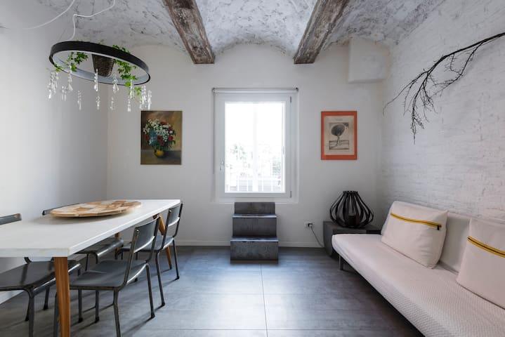 Charming home next to Osteria Francescana