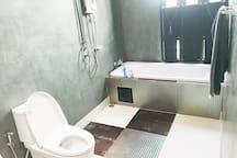 Bathroom 2-nd floor