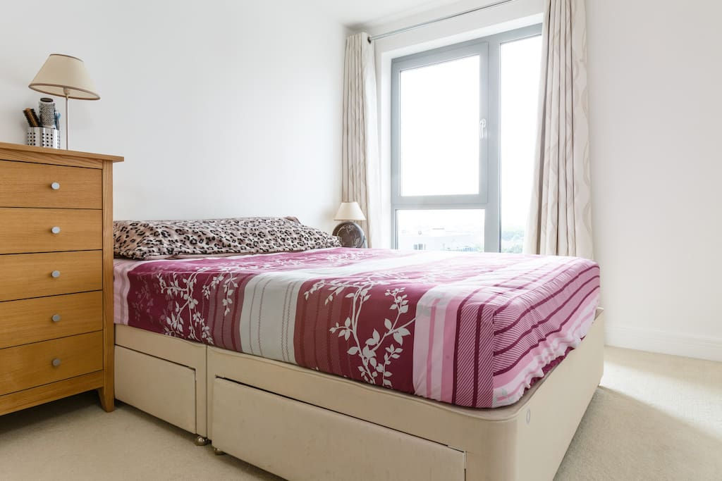 Master bedoom with double bed and ensuite