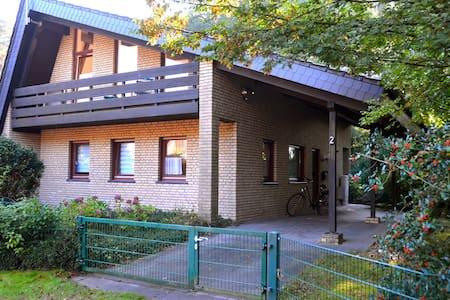Ferienhaus an der Ems-Fähre Rheine - Rheine - Hus