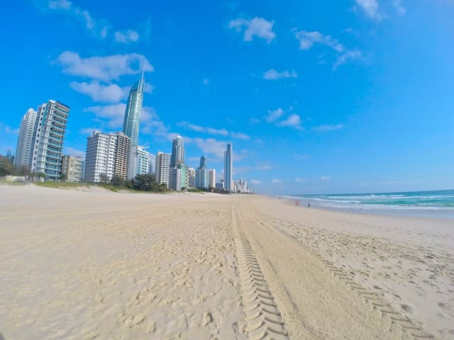 Beachside Apartment - Surfers Paradise - Appartement