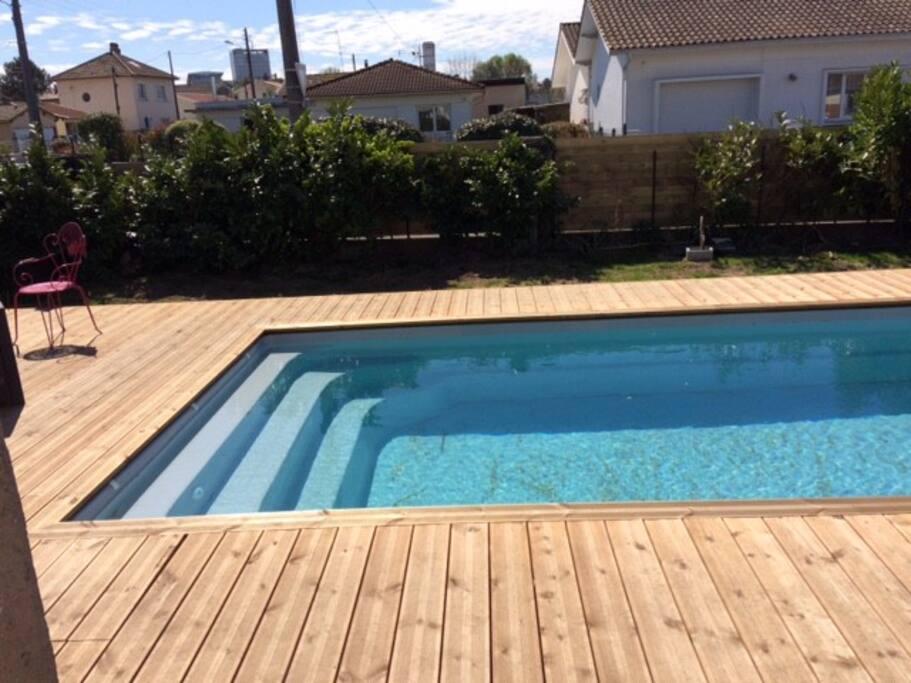 Maison 3 chambres jardin piscine maisons louer for Piscine pessac