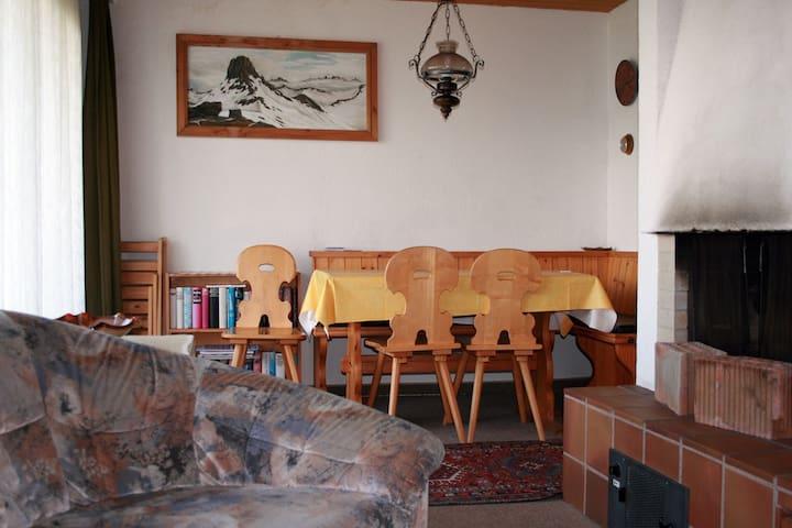 Ferienhaus Dreispitz, (Flumserberg Tannenheim), 3-room appartement bath/shower/balcony