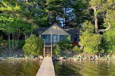 1926 Family Log Cabin on Quiet Maine Lake- Weekly