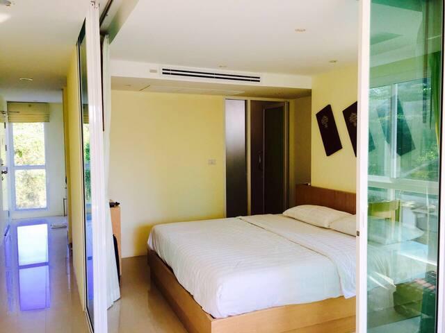 Modernes & großes 45qm Appartement auf Krabi
