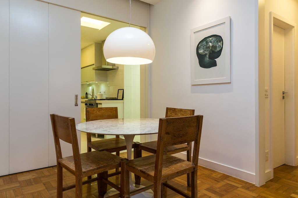 sala de estar/mesa de jantar (living room/dinning table)