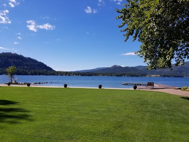 The Waterfront Retreat, Pend Oreille River