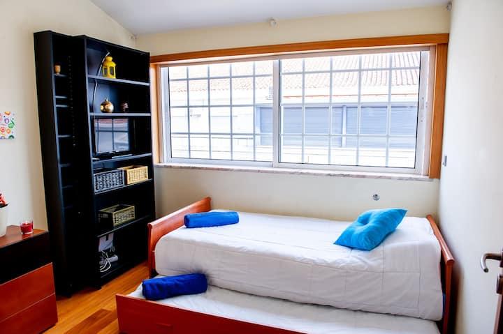 Hygge - Beautiful Bedroom in Braga Historic Center