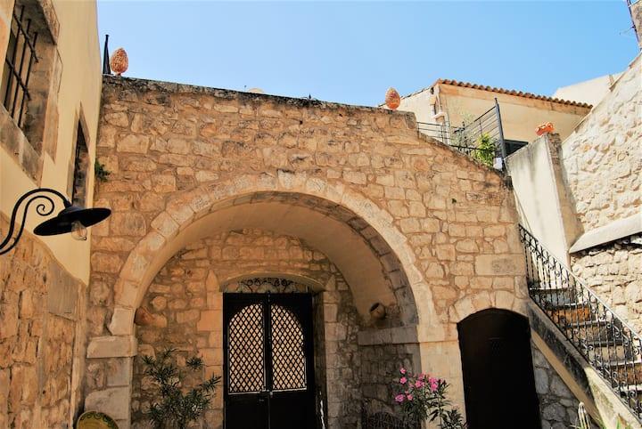 Casa Tuccari