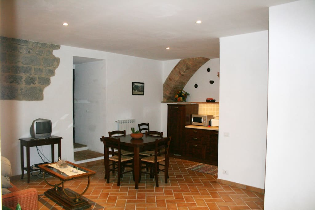 la cisterna buddhist dating site Walks and cuisine of tuscany  return to your hotel, originally a citadel, church, and monastery dating to 1030  hotel la cisterna.