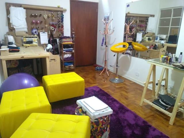 Meu espaço, atêlie de costura no apartamento.