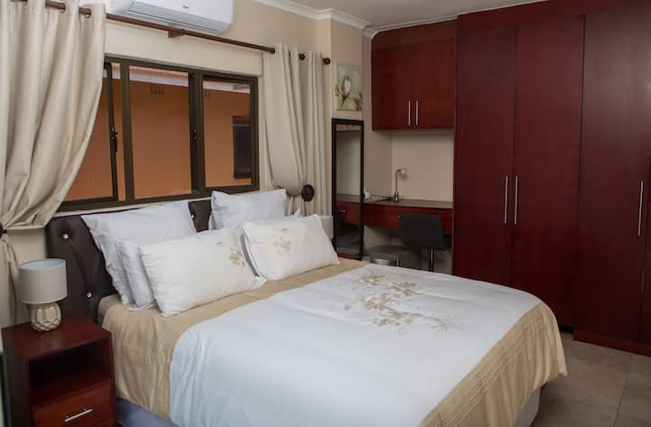 Dyna Guest House: Room 2