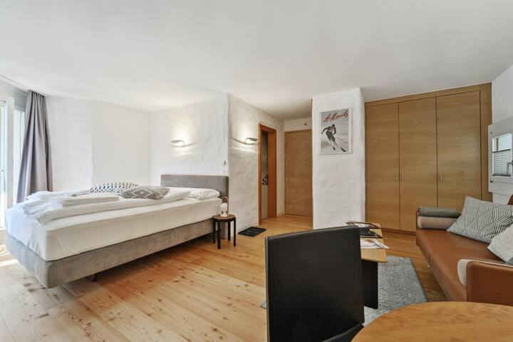 LOGA ELEGANCE APARTMENT Guardalej 321 (Summer 2019 / Bergbahnen, Mountain railways all-inclusive) - Champfèr