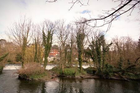 Riverside Tranquility in Dublin! - Dublino - Casa